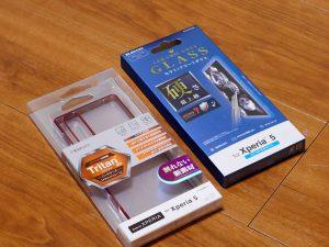 Xperia5のガラスフィルムとトライタンケース
